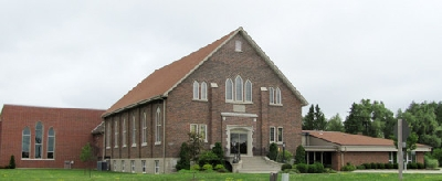 Steinmann Mennonite Church, between Baden and New Hamburg (519) 634-8311
